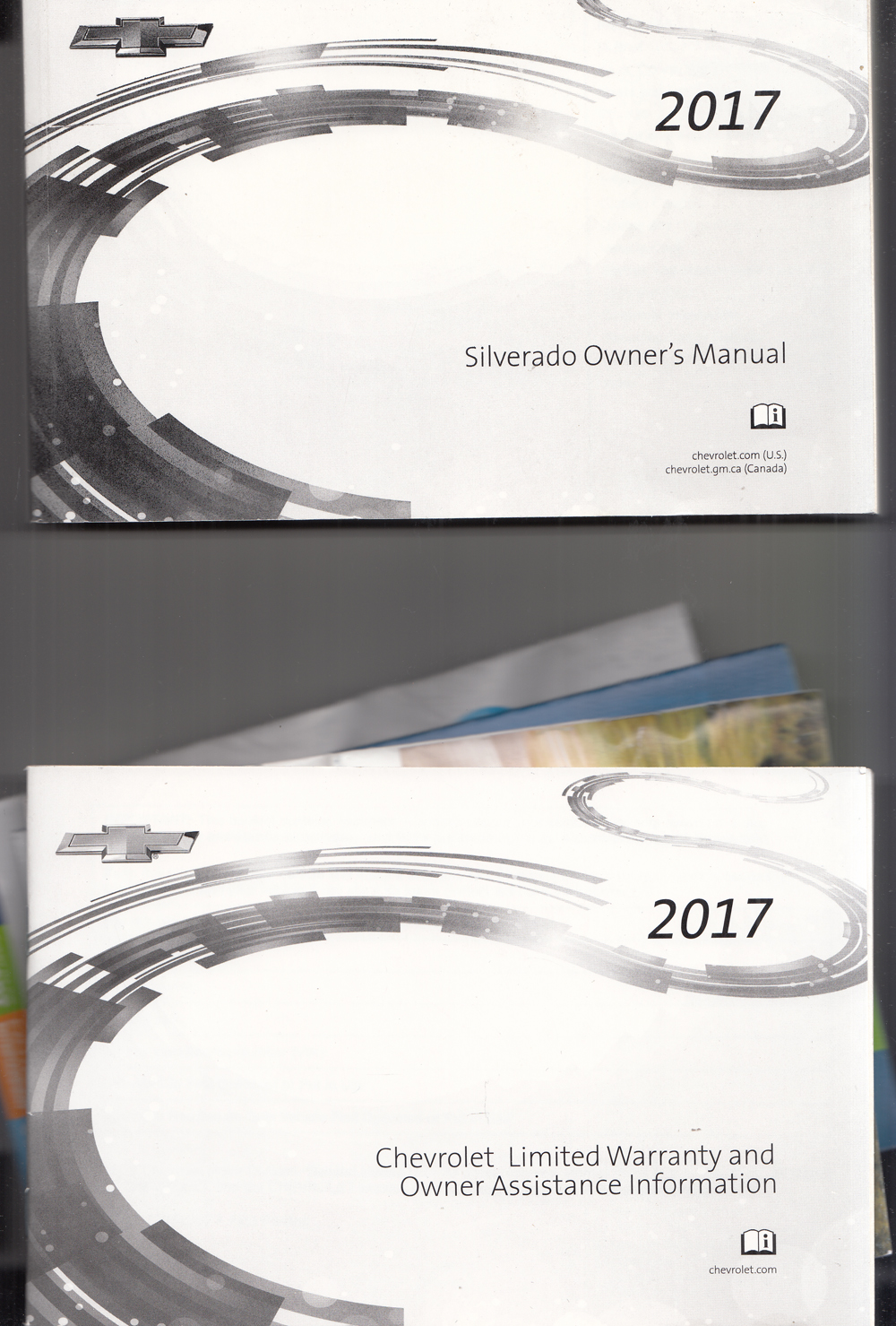 2017 Chevrolet Silverado Owners Manual with Pamphlets Original